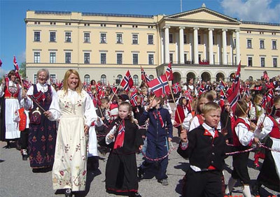 Norwegians on the 17th of May in front of the royal palace... being Norwegian.